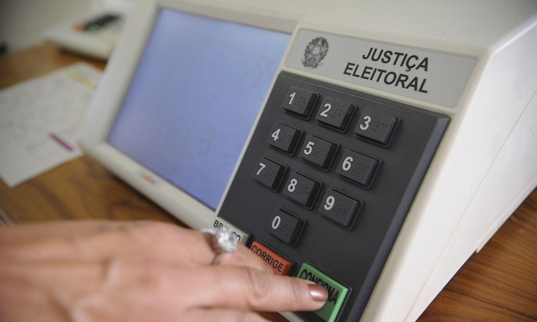 Presidente do Senado diz ser possível aprovar voto impresso para eleições de 2022