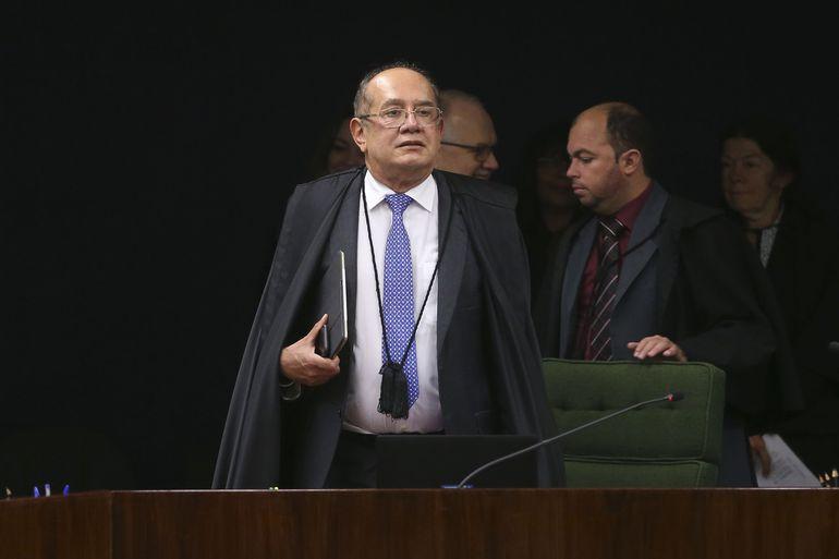 Gilmar Mendes vota pela realização da Copa América no Brasil