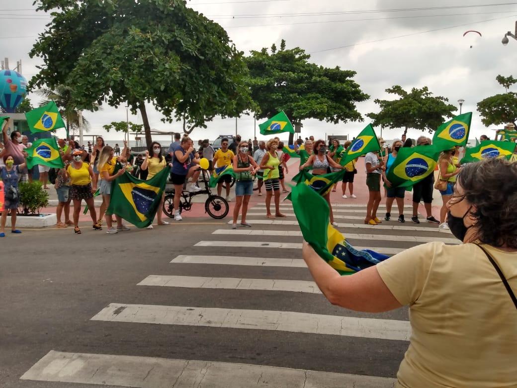 Galeria: Em SC, manifestantes fazem carreata contra lockdown e a favor de Bolsonaro