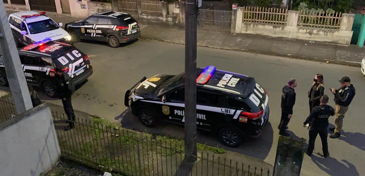 Operação em Joinville prende arrombadores de bancos