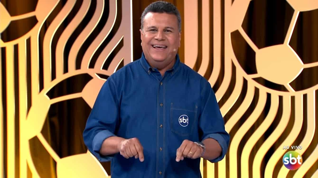 """""""Espero encerrar minha carreira no SBT"""", diz Téo José em entrevista"""