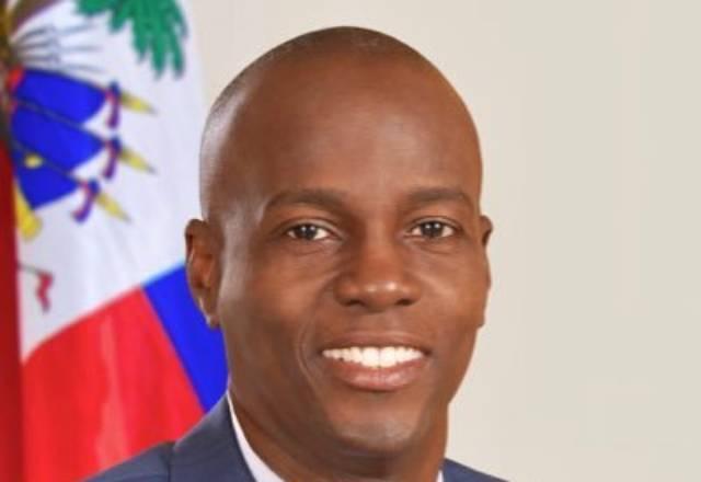 Presidente do Haiti é assassinado em casa e sua esposa é baleada