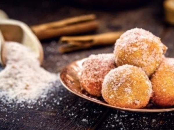 Que tal comemorar o Dia dos Avós com saborosos bolinhos de chuva?