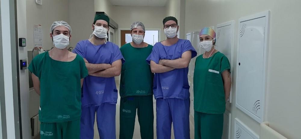 Cirurgia rara para tratamento de tumor hepático é realizada em Criciúma