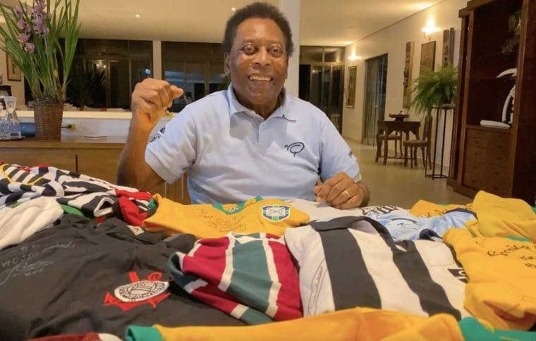 """Pelé deixa a UTI e apresenta """"boa condição clínica"""" após retirada de tumor"""